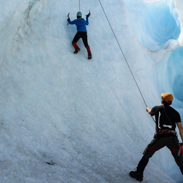 Escalada Glaciar Exploradores Patagonia